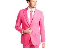 Cómo combinar el calzado y ropa rosa para hombre